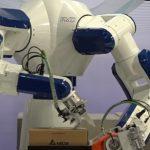 全軟體控制器應用於雙臂機器人