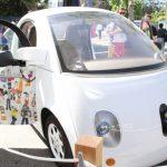 無人車如何在意外時抉擇駕駛、路人安全? 目前仍未有「答案」